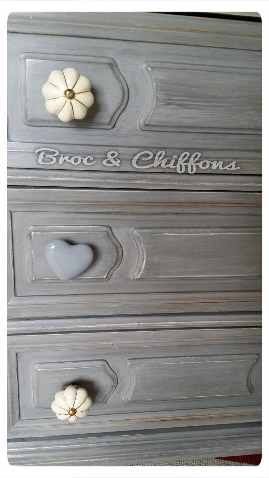 broc et chiffons relooking de meubles dans les deux s vres 79 patine l 39 ancienne petite. Black Bedroom Furniture Sets. Home Design Ideas