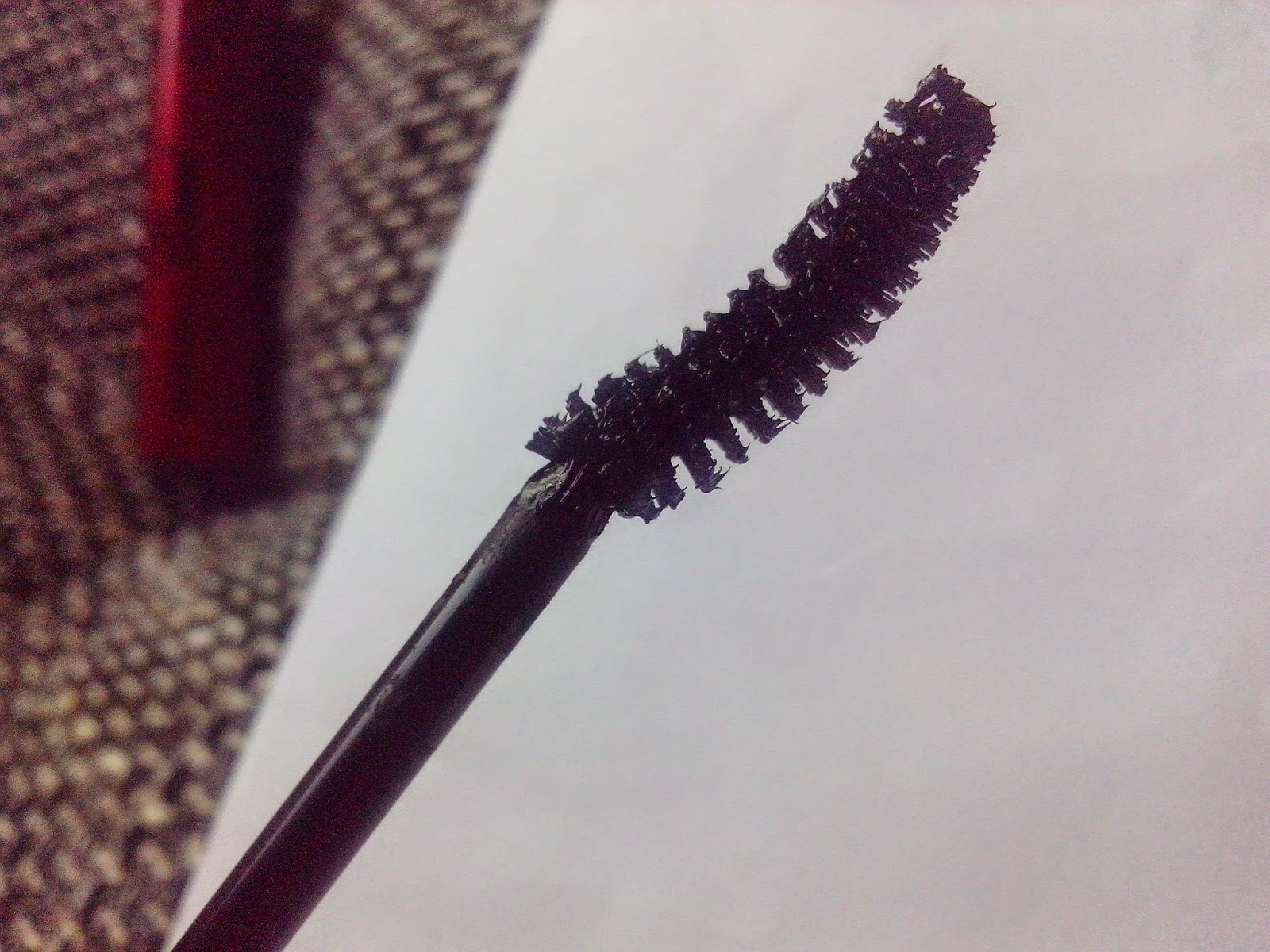 ombia-cosmetics-wonderful-curl-full-lashes-mascara