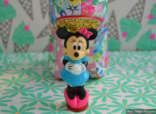 minnie mouse heel detail