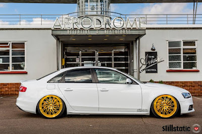 Audi A4 wit Vossen Tyres and Alloy Rims