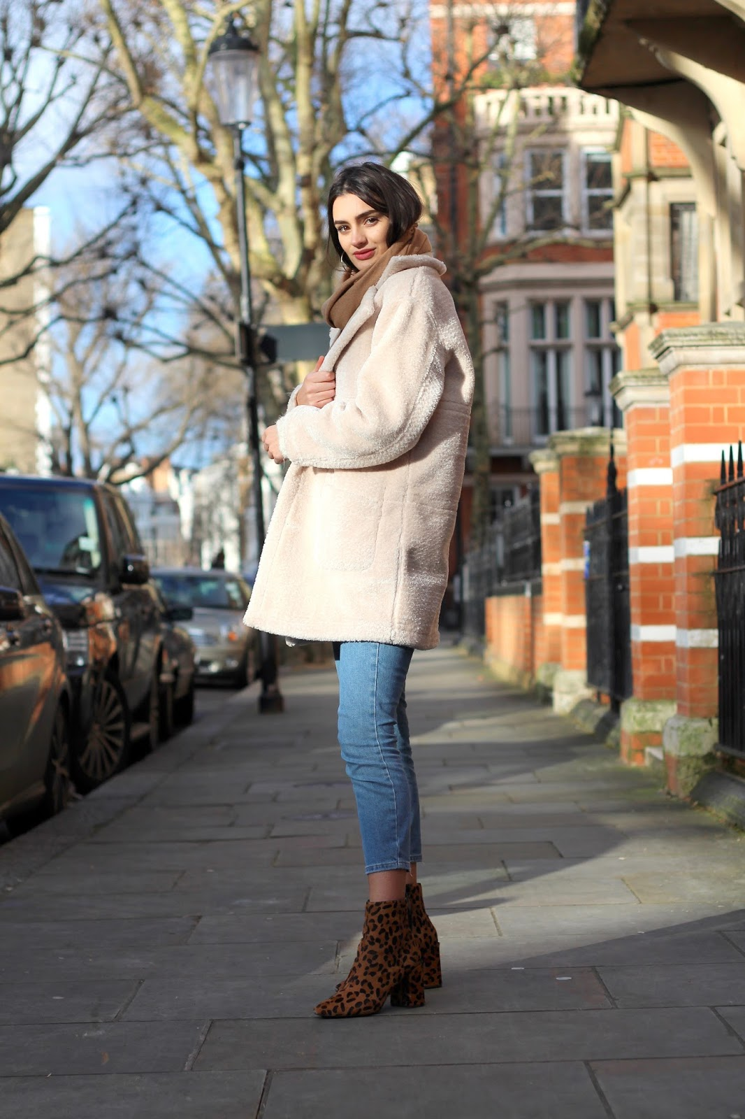 peexo fashion blogger capsule wardrobe