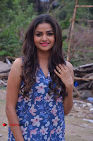 Nithya Ram Pos in Skinny Jeans at SUN TV Nandini Serial Press Meet .COM 0001.jpg