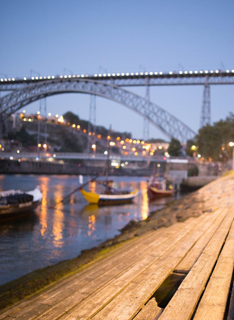 imprescindibles-Oporto-ponte-luis-I-atardecer-vila-nova-gaia
