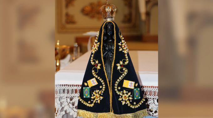 Nossa Senhora Aparecida Mãe Da Família Brasileira: Blog Da Sagrada Família: 10 MÚSICAS BRASILEIRAS DEDICADAS