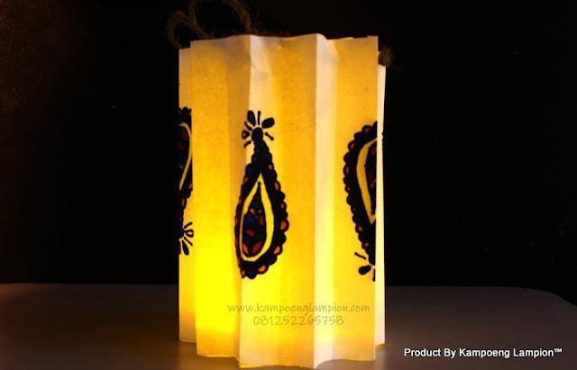 Make-a-lantern-Step-11-Version-2-Luces-Lampion-Tanbaby-Natal-Panel-Surya-Luar-Rumah-Dekorasi-5-M-20Led-Tali-Tabung-LED-Peri.jpg