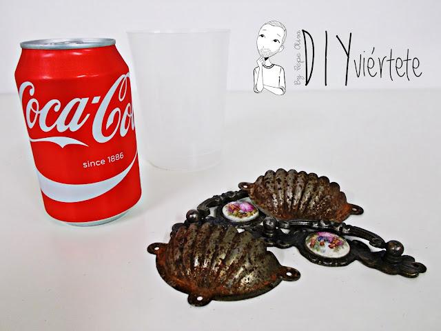 DIY-bandeja-madera-bricolaje-craquelé-pintyplus-pintar-chalkpaint-pizarra-rosa-desayuno-2