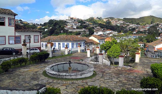 Praça Antonio Dias, e Ouro Preto