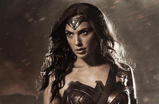Akhirnya Terkuak! Pesan Rahasia Atlantis Dalam Film Wonder Woman, Ternyata Pesannya... - Gal Gadot