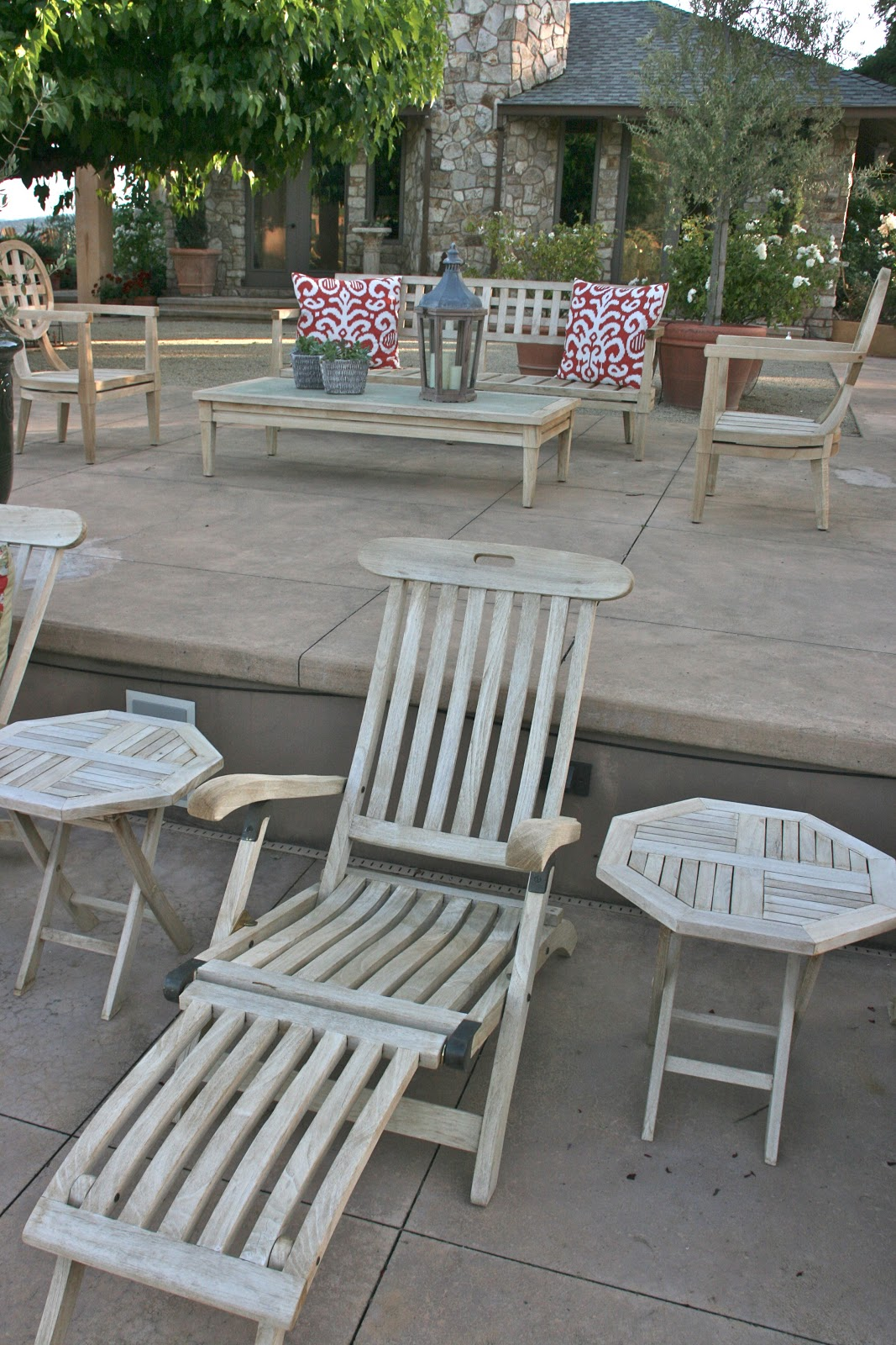 Vignette Design An Outdoor Furniture Restoration Project