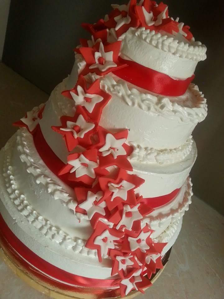 La Pâtisserie de Brunette: Wedding cake blanc/rouge