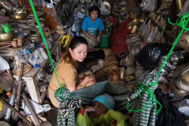 Refugio de perros callejeros en Birmania