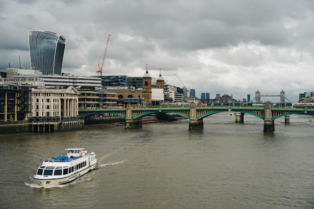 ミレニアム・ブリッジ(Millennium Bridge)からの眺め