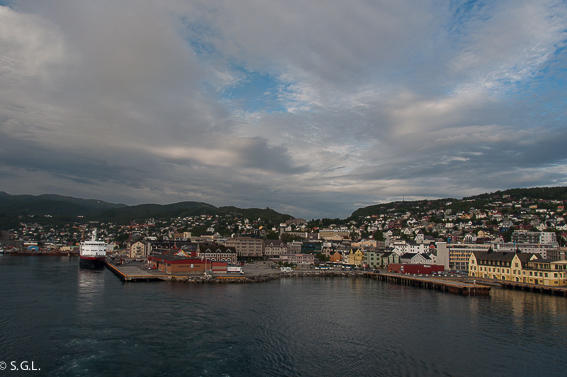 Puerto de Harstad. Noruega