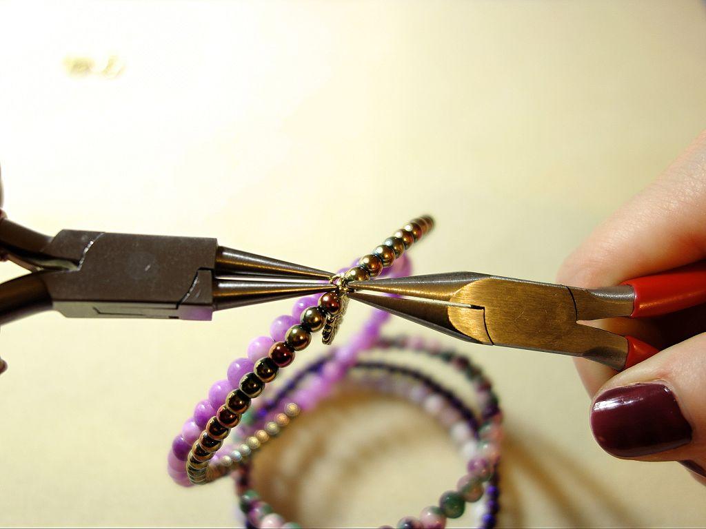 armband selber machen, armband selber machen perlen, armband selber machen anleitung, armband selber machen einfach, armband damen, perlenarmband, perlenarmband selber machen, perlenarmband selber machen anleitung, perlenarmband basteln, schmuck selber machen, schmuck selber machen anleitung, halbedelstein perlen, diy blog