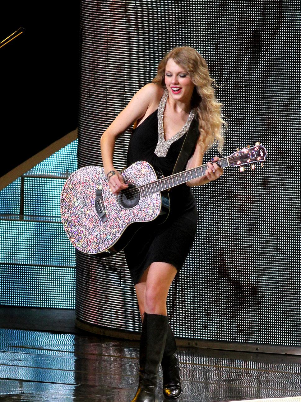 Hot Hd Wallpaper Taylor Swift Hot Wallpaper-1245