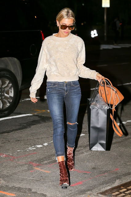 Fashion Model, @ Hailey Baldwin Arrives At Her Apartment In New York