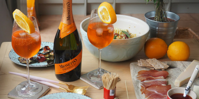 Become_the_perfect_Aperitivo_hostess