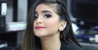 والد الفنانة البحرينية «حلا الترك» يتبرأ منها ويتوعد برنامج «مجموعة إنسان» الإماراتية