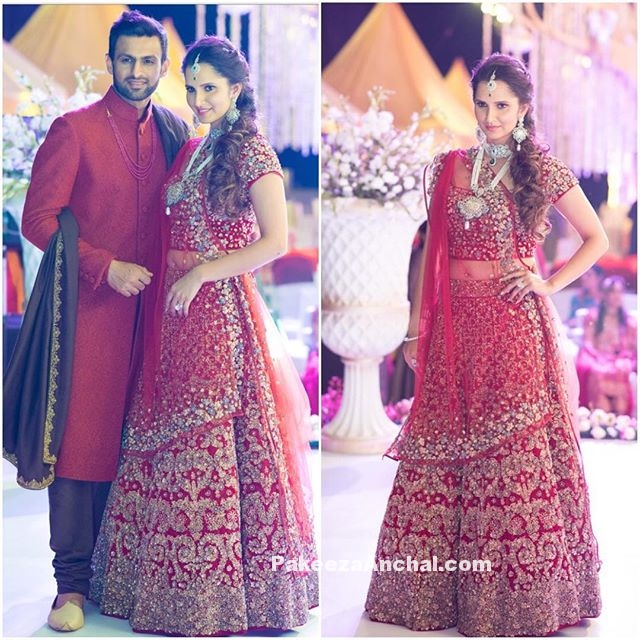 Sania Mirza in Jade by Monica & Karishma at Anam Mirza's Wedding