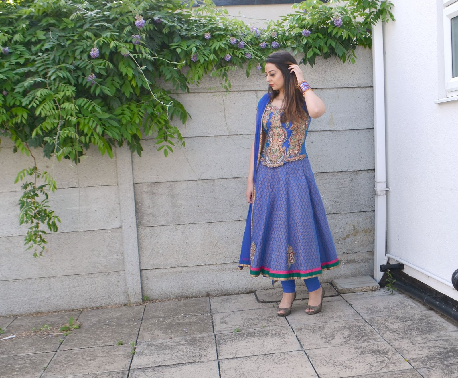 bollywood style outfit