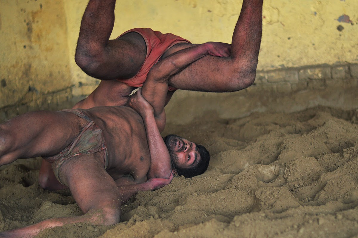 Naked indian wrestlers 6