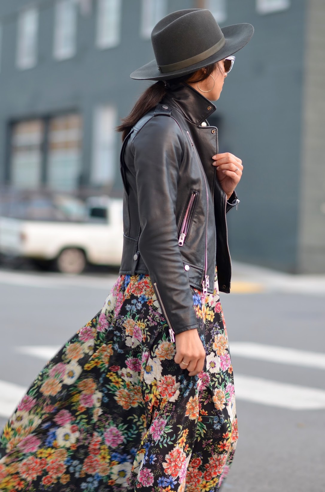 street style blogger, Yumi Kim Garden floral maxi dress, garden grown maxi dresss, Anthropologie Garden Grown maxi dress, Janessa leone , Aveda red lipstick, hoop earrings, latina fashion blogger, San Francisco chic style