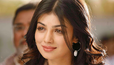 Ayesha Takia lip surgery latest photo