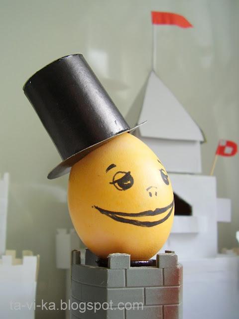 Оригинальные рисунки на яйцх