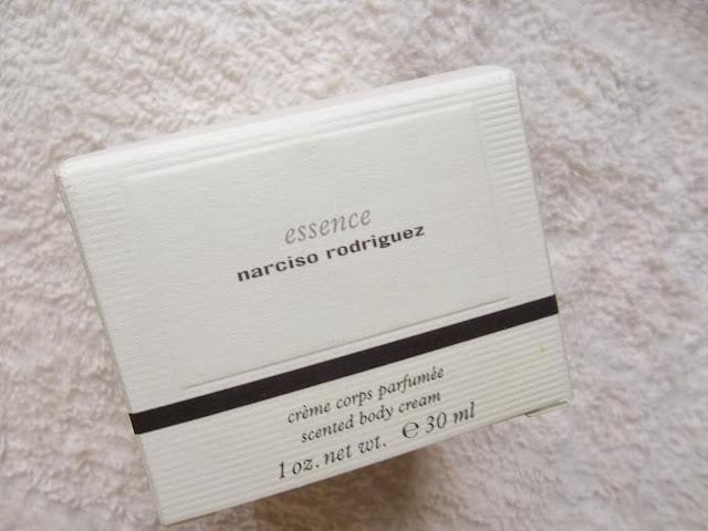 Crème Corps Parfumée Essence - Narciso Rodriguez