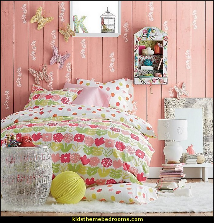 Girls Bedroom Decoration Ides: Decorating Theme Bedrooms