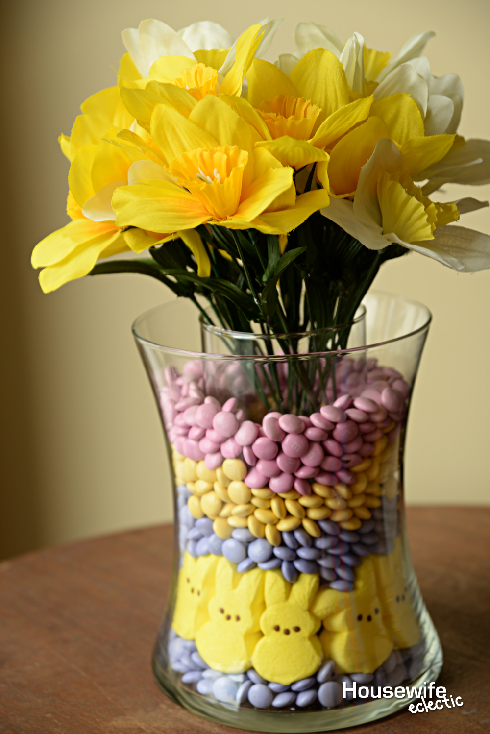 Easter candy vase housewife eclectic the layered vases allows you to use real flowers if you want but i just think it is easier to buy a few fake flowers so i dont have reviewsmspy