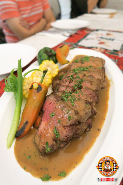 Roastbeef with Peppercorn and Red Wine Sauce