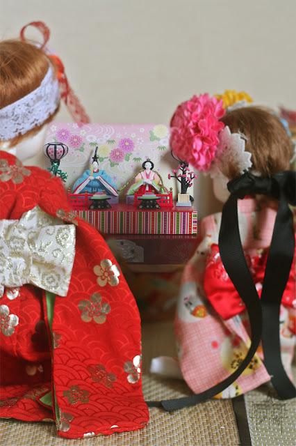 Les BJD de La Pierlé : Kimono pour Cho (raccoon) p.2 - Page 2 HinamatsuriPriereweb2