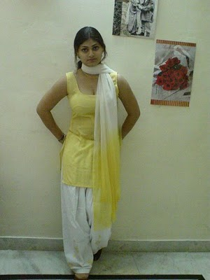 Hot special girls make buddy - Punjabi desi pic ...