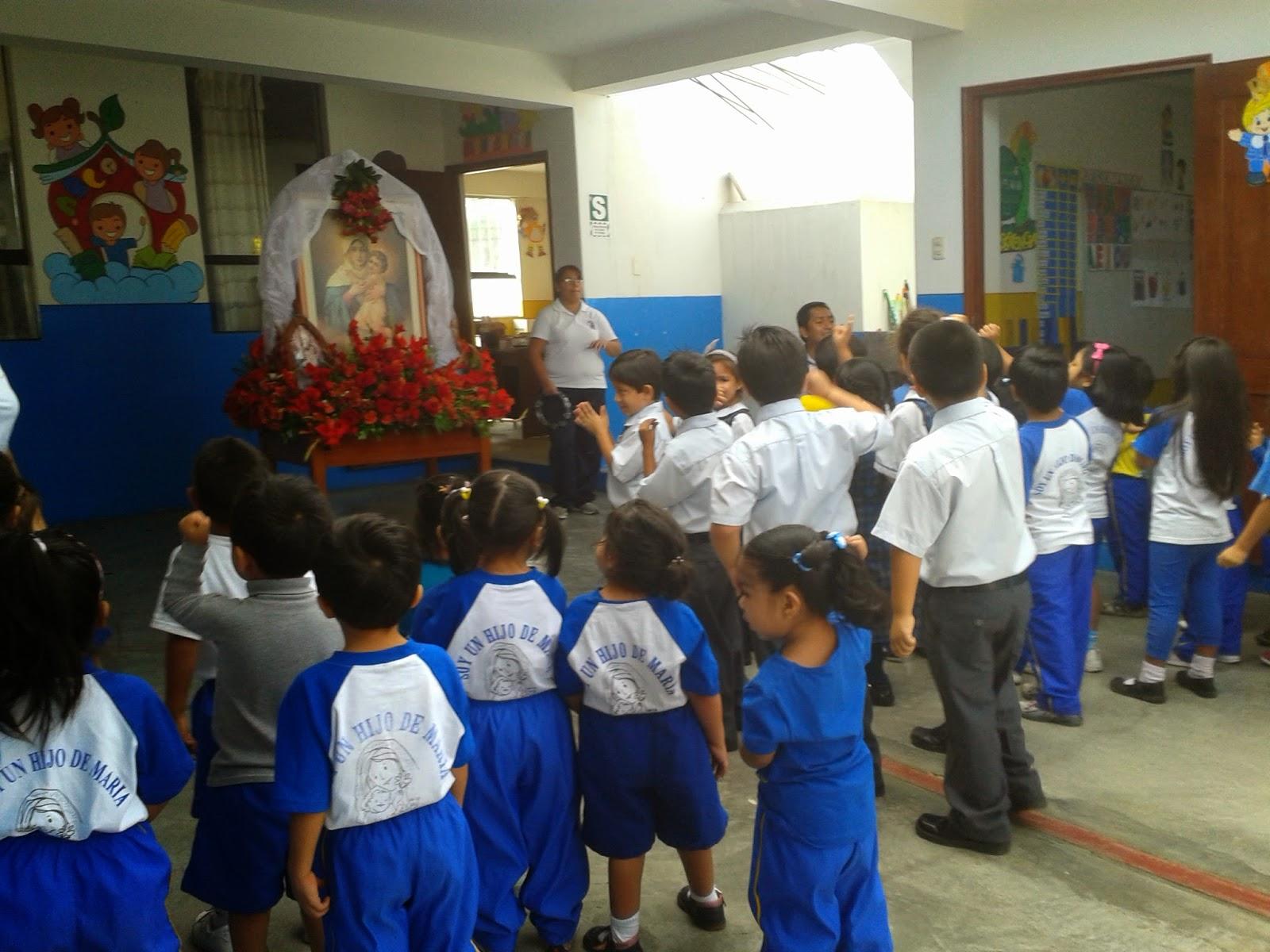 I.E. VIRGEN DE SCHOENSTATT: Visita de la Virgen Peregrina