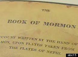 Aşa arăta prima ediţie a Cărţii lui Mormon din 1830, care a fost furată de la biblioteca din Mesa, Arizona