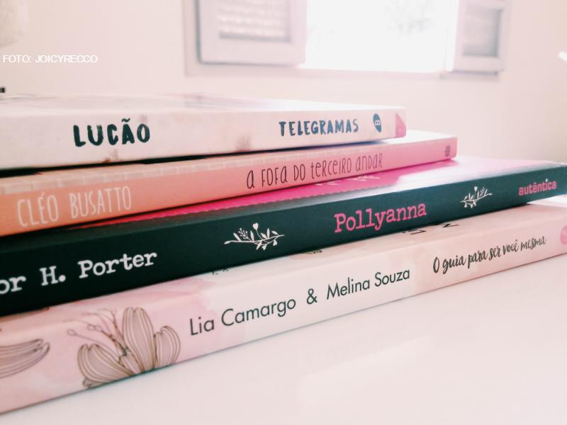 as indicações literárias desse mês é parecido um resumo dos livros que eu li até o mês de julho. fiz uma meta no início do ano...