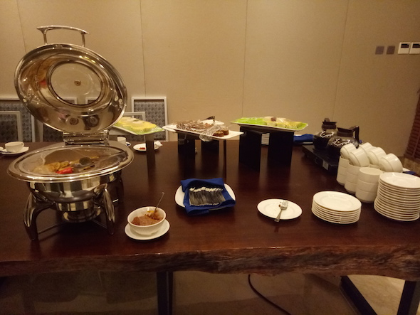 Malam Minggu Earth Hour di Hotel The Rinra Yanikmatilah Saja