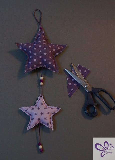 Weihnachtssterne aus Stoff, Kaidso Adventskalender, Nähanleitung Stoffsterne, Sternenmobile, Weihnachtssterne Mobile, Sternchen-Anhänger