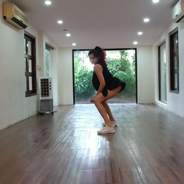 Adah Sharma Hot Stunning Dance Video