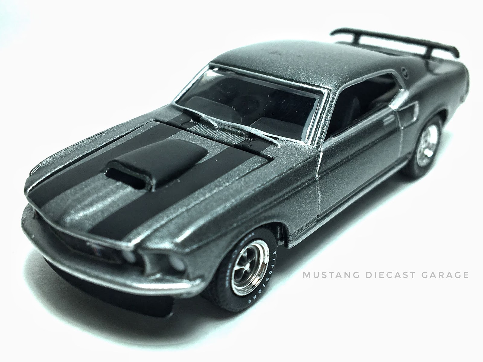 Greenlight collectibles 1969 ford mustang boss 429 gl005 series the john wick