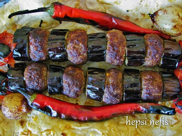 Fırında Patlıcanlı Kebap