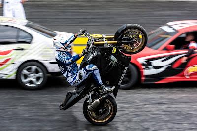 Doha Car Show Stunt