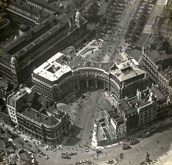 Old Photos of London from Above in the 1920s ~ vintage ...