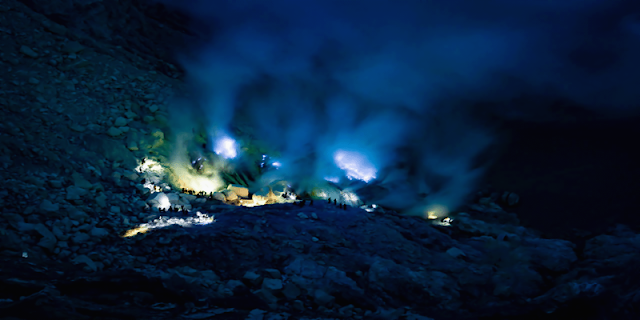 Ijen Tour from Bali, Ijen Blue Fire From Bali, Ijen Tour price from Bali, Ijen from Bali, Ijen Blue Flame, Ijen Crater From Bali, Ijen Banyuwangi, Ijen Crater Blue Fire. Ijen cheap price tour from Bali, Ijen From  Banyuwangi.