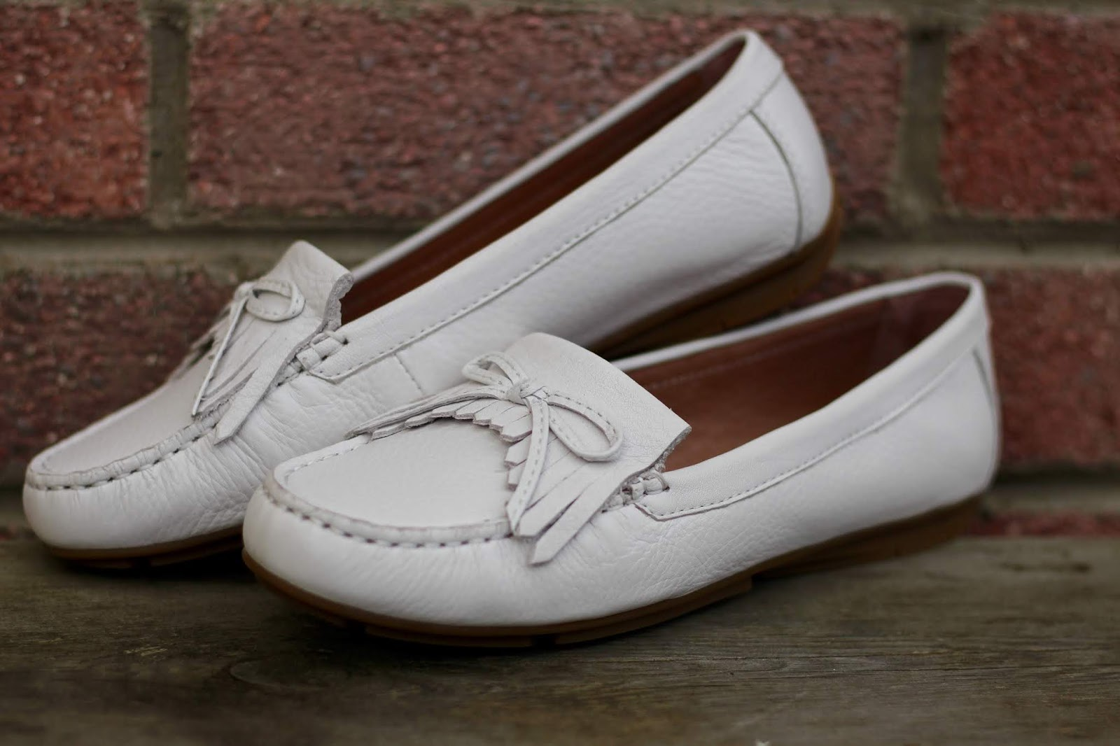 Josef Seibel Elina White Moccasin Loafers | Blue Spring Outfit | Fake Fabulous