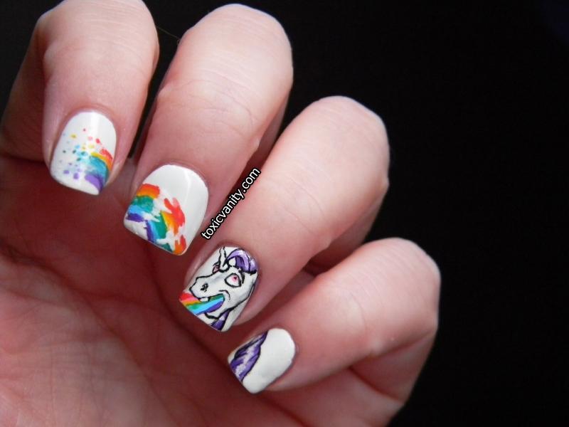 Día 9: Arco Iris / Unicorn puke nail art - Toxic Vanity