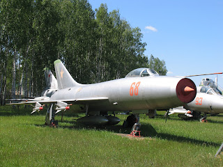 Sukhoi Su-9 (II) Fishpot - Pesawat Interseptor All Weather