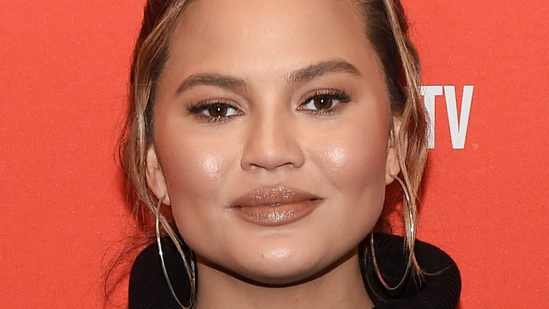 Chrissy Teigen ditches Snapchat after Rihanna controversy