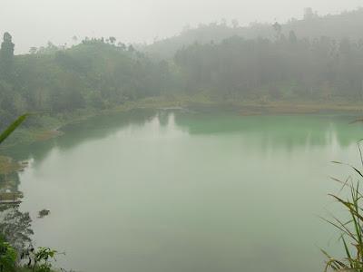 Travelling Dan Wisata Ke Telaga Warna Dieng Plateu